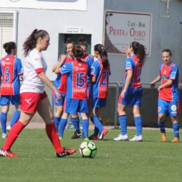 O equipo feminino golea ao Alertanavia (5-1) e sitúase na terceira praza