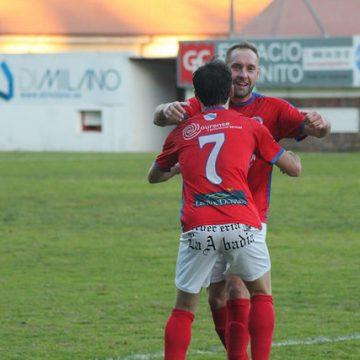 Gondomar 1-2 UD Ourense: Triunfo sobre a bocina e cuarta vitoria consecutiva